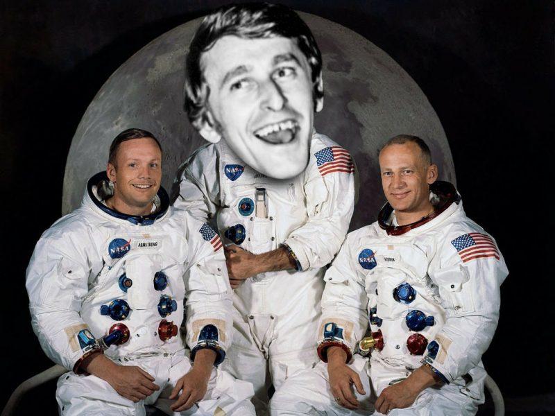 stubby cooler astronauts
